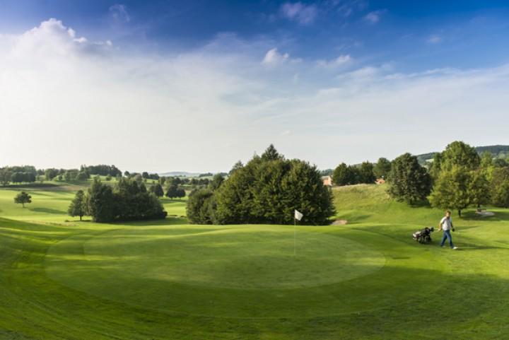 Golf Total im Frühling
